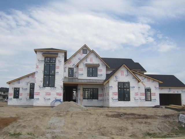 3257 Breyerton Cove, Fort Wayne, IN 46814 (MLS #201820109) :: Parker Team