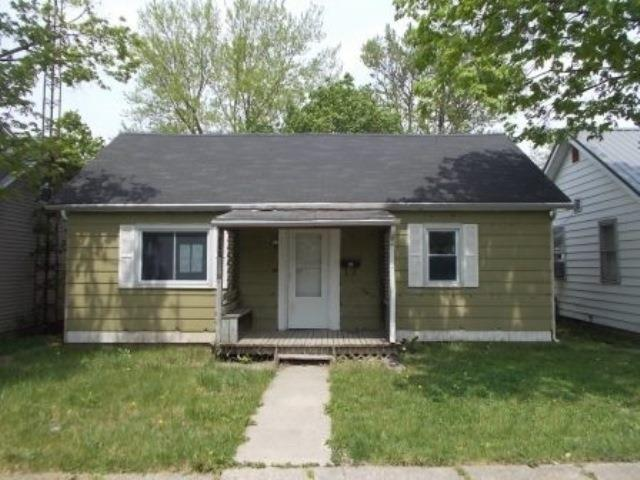 524 W Fulton Street, Hartford City, IN 47348 (MLS #201821297) :: The ORR Home Selling Team