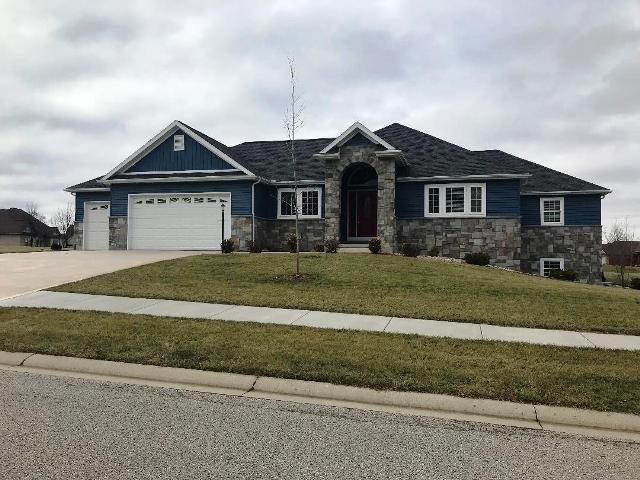40 E Barrington Place, Warsaw, IN 46582 (MLS #201822609) :: Parker Team