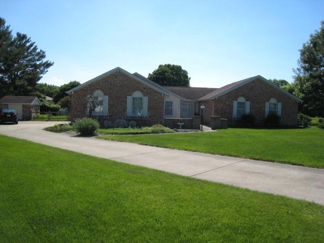 50723 Old Lantern Trail, Granger, IN 46530 (MLS #201826094) :: The ORR Home Selling Team