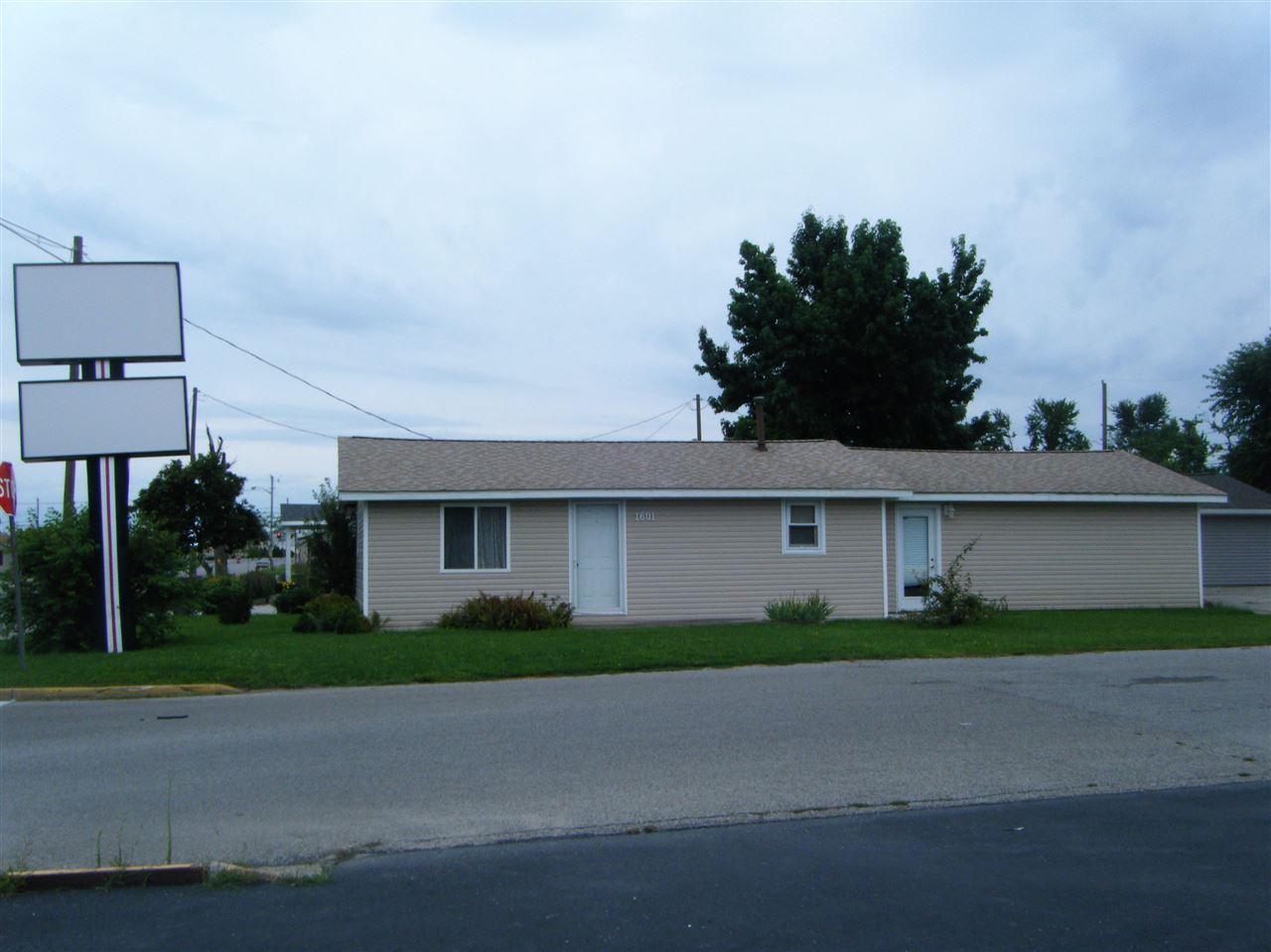 1601 Dodge Street - Photo 1