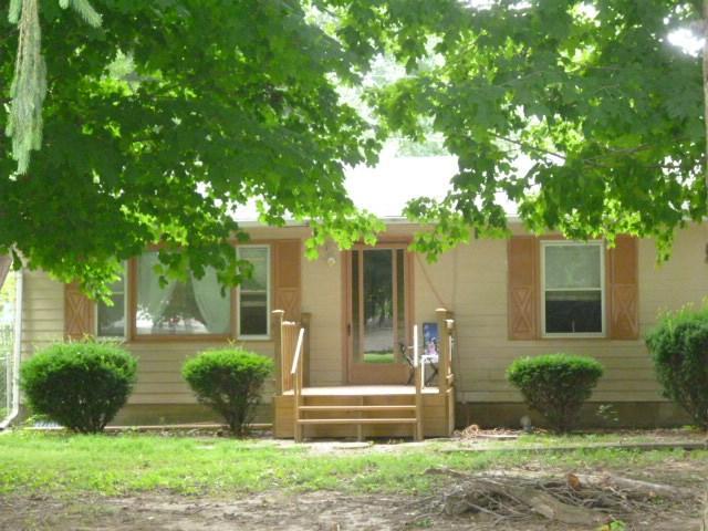 1714 E Olive Street, Marion, IN 46953 (MLS #201833819) :: The Romanski Group - Keller Williams Realty