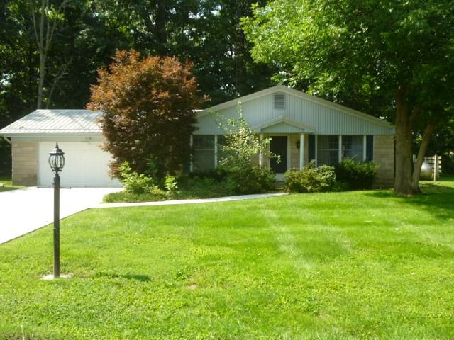 1827 Kimberly Drive, Marion, IN 46952 (MLS #201839783) :: The ORR Home Selling Team