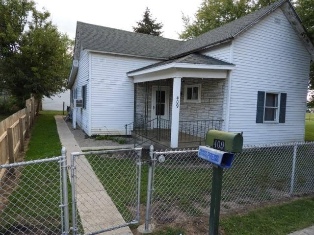 409 W Commerce St., Dunkirk, IN 47336 (MLS #201840808) :: The ORR Home Selling Team