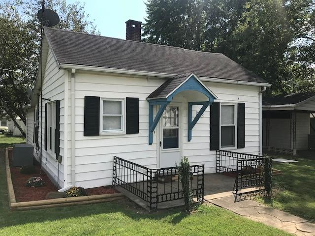 123 E Second Street, Lynnville, IN 47619 (MLS #201843395) :: The ORR Home Selling Team