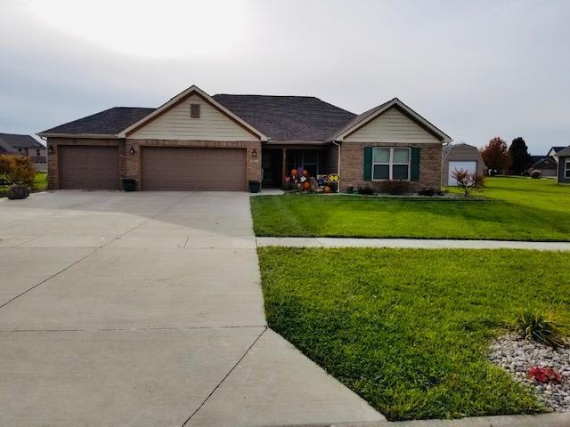 4231 Albright Road, Kokomo, IN 46902 (MLS #201849542) :: The ORR Home Selling Team