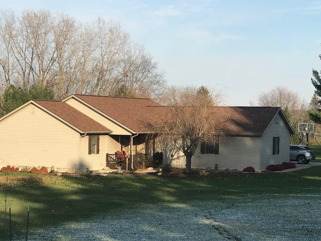 55 Lane 205A Jimmerson Lk, Angola, IN 46703 (MLS #201850422) :: Parker Team