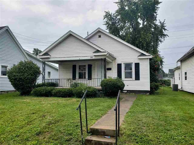 438 E North Street, Winchester, IN 47394 (MLS #201853365) :: The ORR Home Selling Team