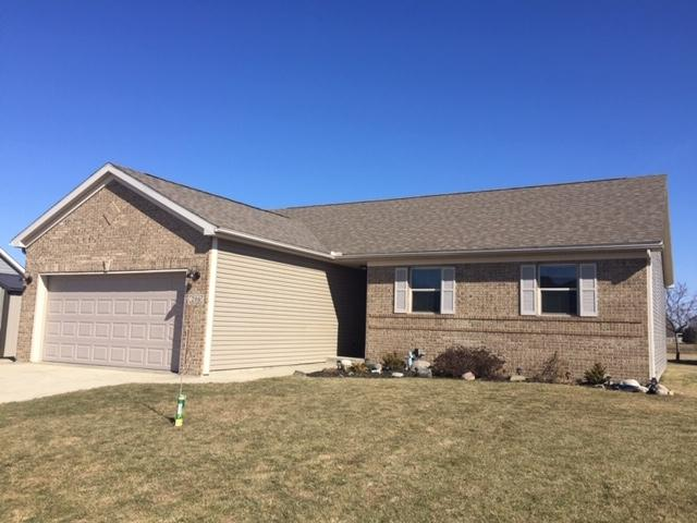 206 Carriage Court, Flora, IN 46929 (MLS #201906422) :: The Romanski Group - Keller Williams Realty