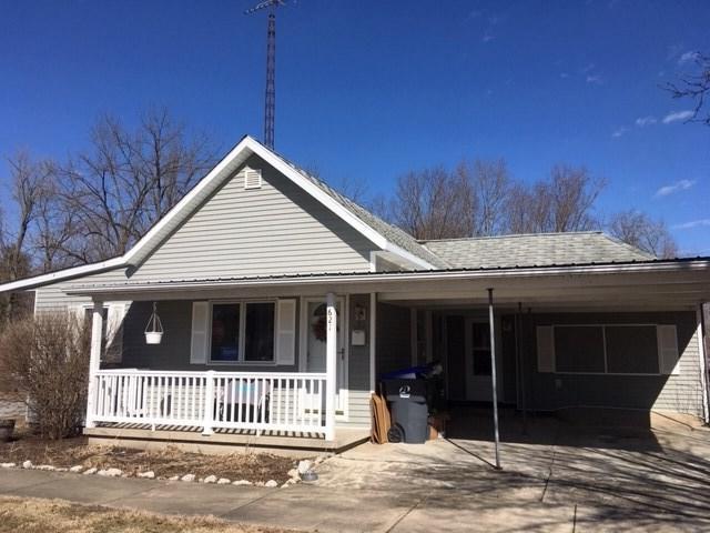 621 N Indiana Street, Delphi, IN 46923 (MLS #201908350) :: The Romanski Group - Keller Williams Realty