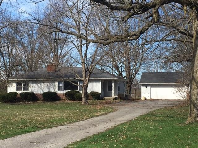 6002 S Elm Drive, Marion, IN 46953 (MLS #201912919) :: The Carole King Team