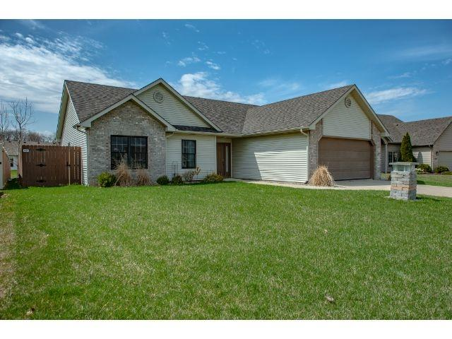 1735 Twelfth Night Cove, Fort Wayne, IN 46818 (MLS #201914536) :: The ORR Home Selling Team