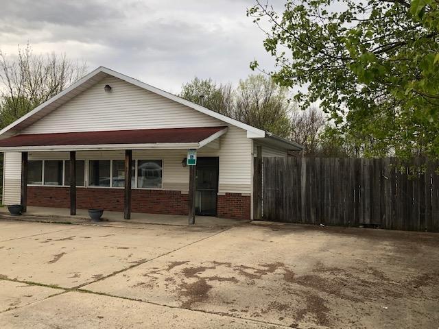 139 Creekside Drive - Photo 1