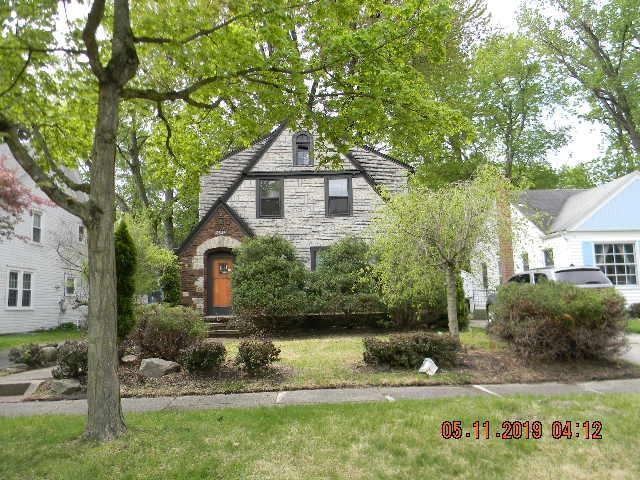 2323 Opechee Way, Fort Wayne, IN 46809 (MLS #201920120) :: The ORR Home Selling Team