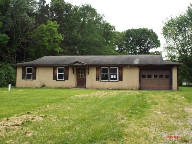 1887 Roundabout Road, Monticello, IN 47960 (MLS #201923691) :: The Romanski Group - Keller Williams Realty