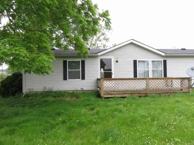 10240 N Langdon Road, Gaston, IN 47342 (MLS #201927825) :: The ORR Home Selling Team