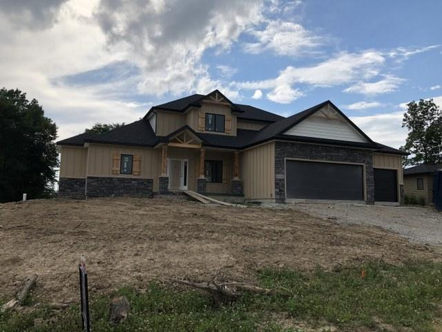 18819 Roselle Cove, Leo, IN 46706 (MLS #201931438) :: TEAM Tamara