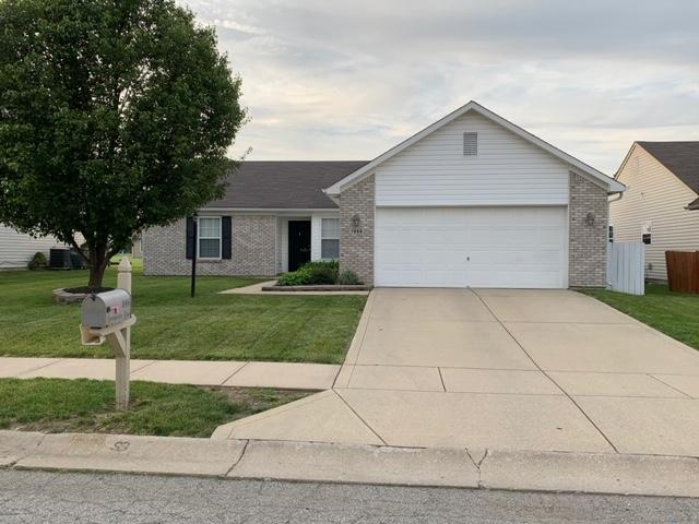 1066 Springwater Road, Kokomo, IN 46902 (MLS #201931883) :: The Romanski Group - Keller Williams Realty