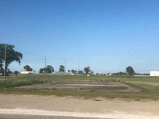 215 Old 41 Highway - Photo 1
