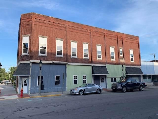 2 S Center Street, Flora, IN 46926 (MLS #201942374) :: The Romanski Group - Keller Williams Realty