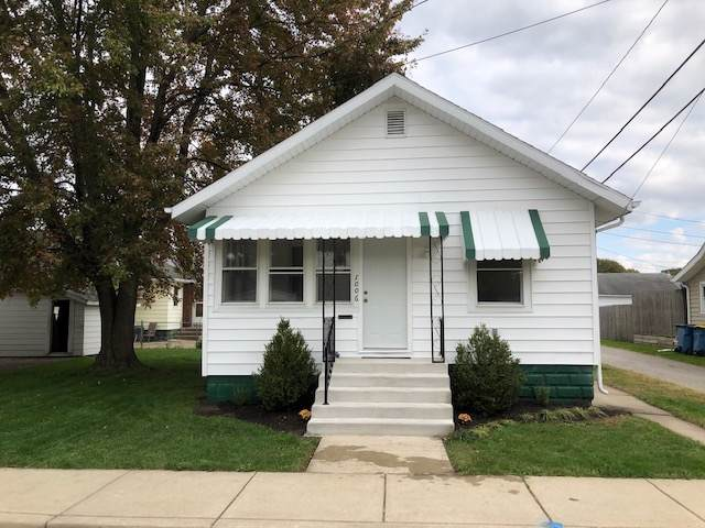 1006 S Main Street, Mishawaka, IN 46544 (MLS #201946310) :: Parker Team