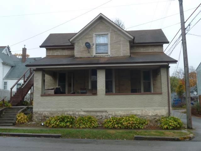 411 S D Street, Marion, IN 46952 (MLS #201947719) :: The Romanski Group - Keller Williams Realty