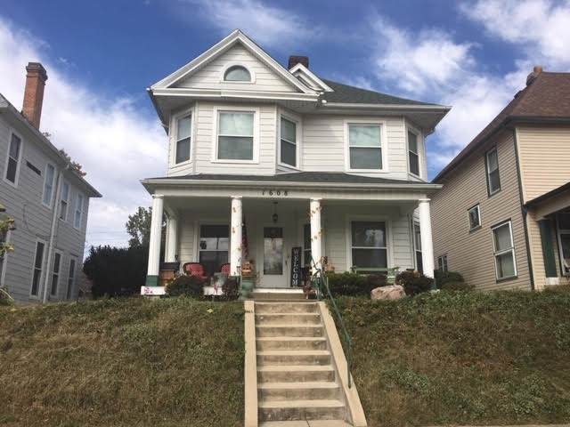 1608 E Broadway Street, Logansport, IN 46947 (MLS #201947762) :: The Romanski Group - Keller Williams Realty