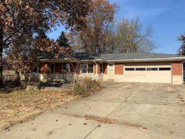 6115 Plainview Drive, Evansville, IN 47720 (MLS #201950565) :: Parker Team