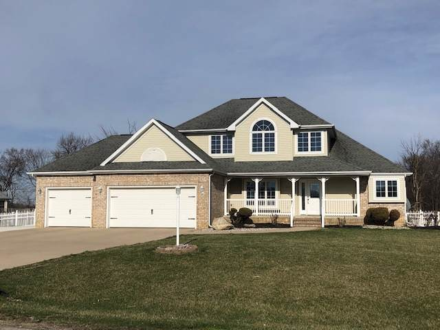 800 Spring Haven Drive, Fremont, IN 46737 (MLS #201951545) :: The Dauby Team