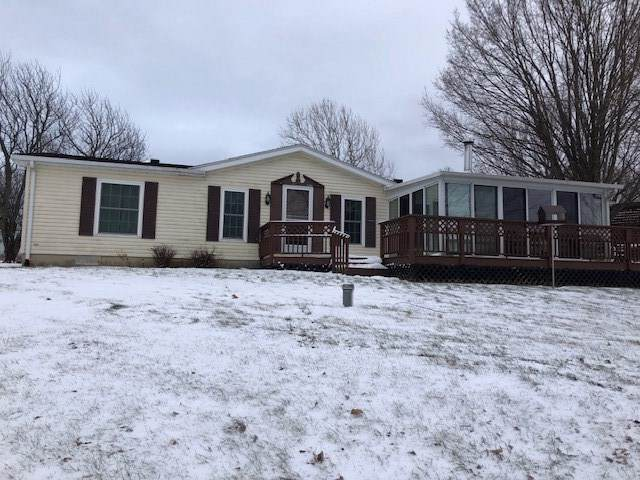 7455 N 150 W Long Beach Lk, Fremont, IN 46737 (MLS #202000084) :: Parker Team