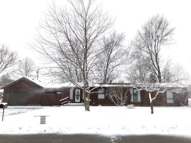 524 N Holly Street, Monon, IN 47959 (MLS #202005903) :: The Romanski Group - Keller Williams Realty