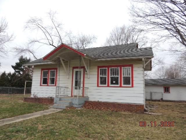 3008 S Lincoln Boulevard, Marion, IN 46953 (MLS #202009193) :: The Romanski Group - Keller Williams Realty