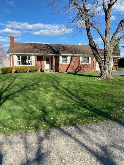 130 Elm Drive, Covington, IN 47932 (MLS #202011596) :: The Romanski Group - Keller Williams Realty