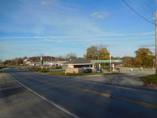 1215 N Warren Road, Huntington, IN 46750 (MLS #202012076) :: Select Realty, LLC