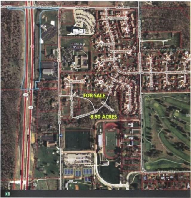 3936 Wintersweet Drive, Bloomington, IN 47404 (MLS #202014516) :: Aimee Ness Realty Group
