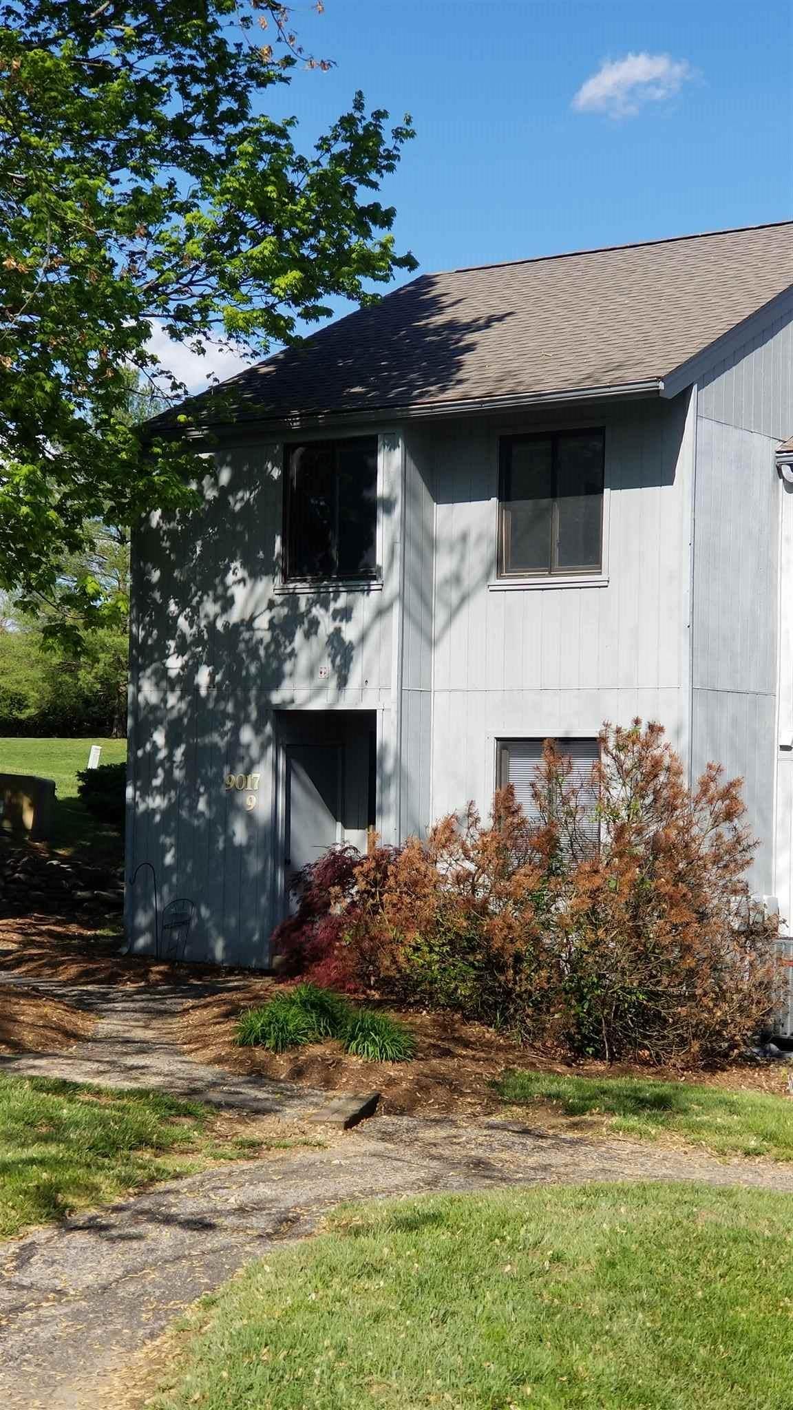 9017 Pointe Ridge Lane - Photo 1