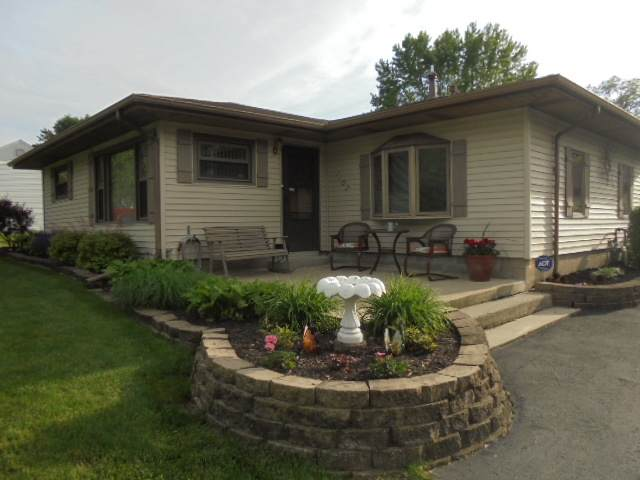 1107 S Fullhart Drive, Muncie, IN 47302 (MLS #202019275) :: The ORR Home Selling Team