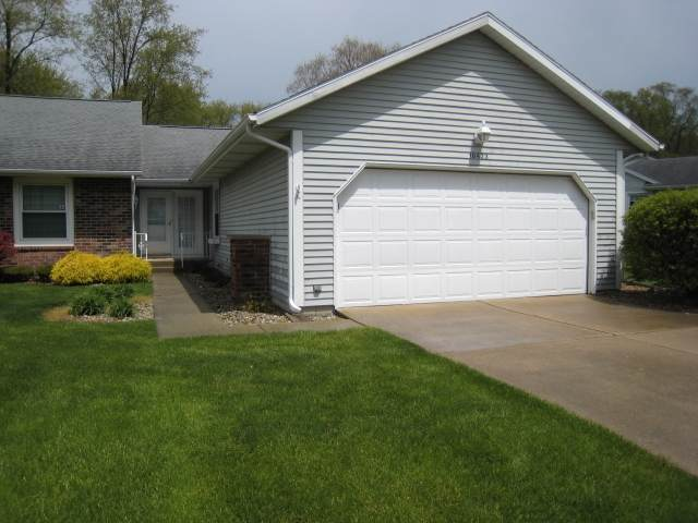 18423 Wooded Way, South Bend, IN 46637 (MLS #202020174) :: Anthony REALTORS