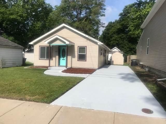 1406 N 17th Street, Lafayette, IN 47904 (MLS #202020617) :: The Romanski Group - Keller Williams Realty