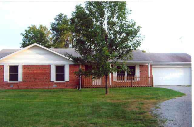 1384 E County Road 75S, Hartford City, IN 47348 (MLS #202023492) :: The ORR Home Selling Team