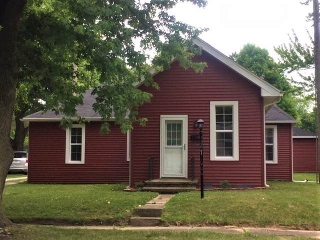 219 Fulton Avenue, Rochester, IN 46975 (MLS #202024269) :: The ORR Home Selling Team