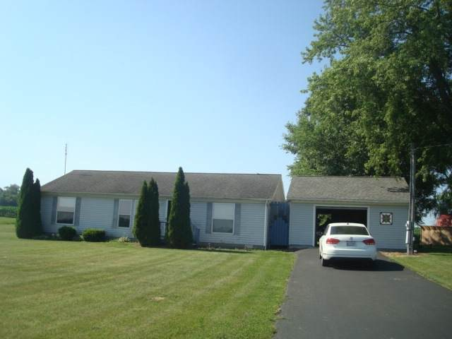 3461 W 200 N, Rochester, IN 46975 (MLS #202025152) :: The ORR Home Selling Team