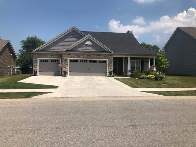 636 Bluegrass Trail, Kokomo, IN 46901 (MLS #202025682) :: The Carole King Team