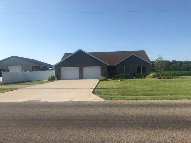 4094 W 1200 S, Converse, IN 46919 (MLS #202026130) :: The Romanski Group - Keller Williams Realty