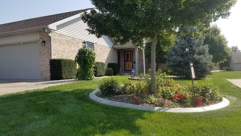 3146 Villas Drive - Photo 1