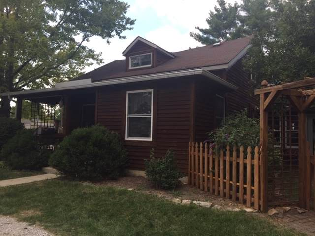 2004 Central Street, Lafayette, IN 47905 (MLS #202046302) :: The ORR Home Selling Team