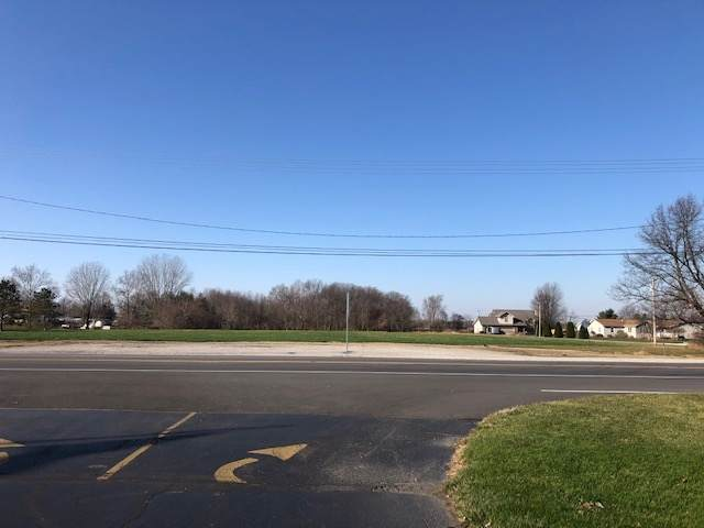 555 N Us 35 Highway, Winamac, IN 46996 (MLS #202046613) :: The Romanski Group - Keller Williams Realty