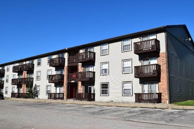 320 Brown #608 Street - Photo 1