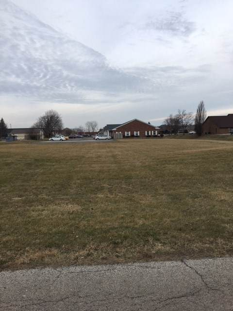 3621 N Everett Road, Muncie, IN 47304 (MLS #202049828) :: Hoosier Heartland Team | RE/MAX Crossroads