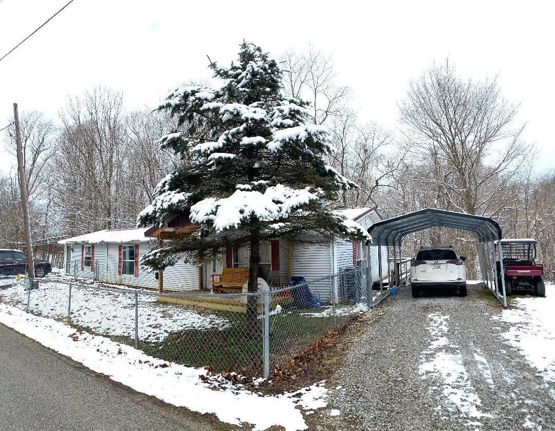 7233 Calvertville Road - Photo 1